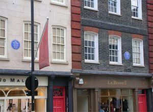 Casa Hendrix (sulla dx) e accanto Casa Handel.