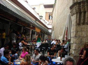 """Il bar del mercato: """"La Cantina""""."""