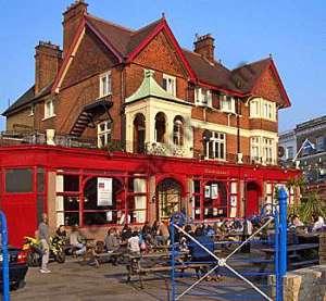 L'Hootananny pub a Brixton.